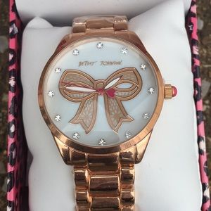 Absolutely stunning Betsy Johnson (New)bow watch!